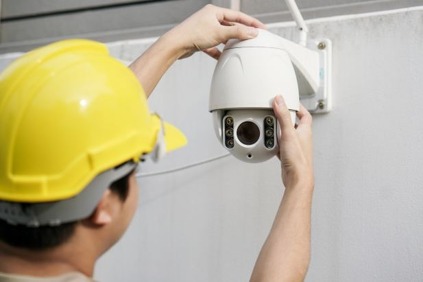 Digital CCTV vs IP CCTV | CCTV Indoor vs Outdoor | Training CCTV : Instalasi, Pemrograman Dan Perawatan